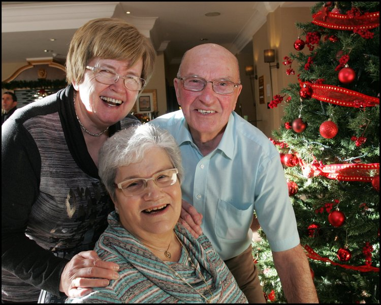 Enjoying Christmas with a loved one who has dementia